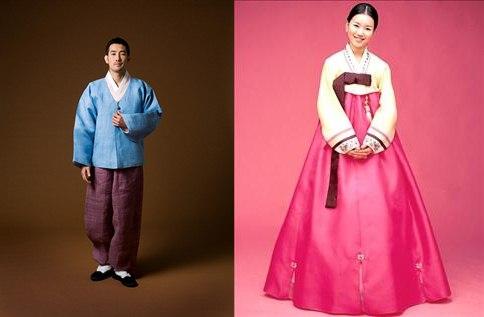Hanbok usado por hombres y mujeres en la actualidad
